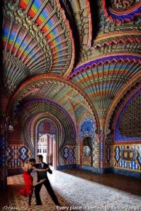 Every place is perfect to dance tango - Castello di Sammezzano - Reggello - Italy - www.ILoveTango.it