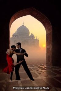 Every place is perfect to dance tango - India - www.ILoveTango.it